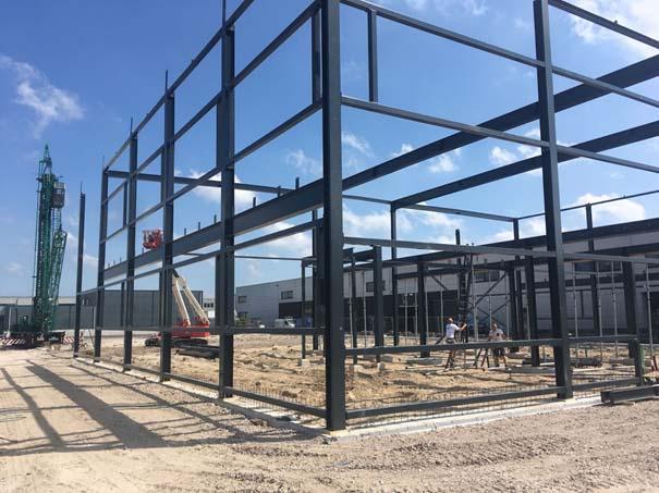 Stalen constructie-fundering gebouw